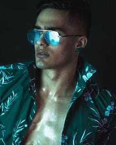 sunglasses; male model; flatmate; reel management model