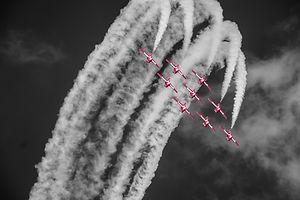 aerobatics-aeroplane-aircrafts-575835.jpg