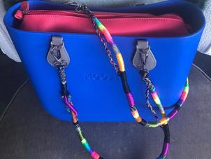 """Clean"" Fashion: Sanitizable Handbags for the Minimalist Mom"