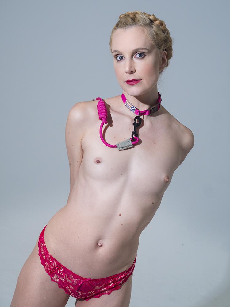 Ariel Anderssen in Pink