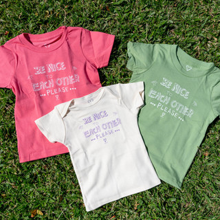 """Kids T-shirts """"Be Nice to Each Other"""""""