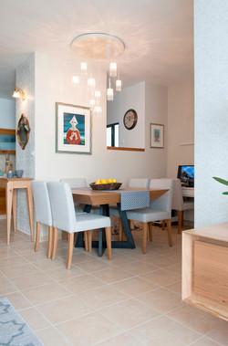 עיצוב פינת אוכל בדירה בנס ציונה