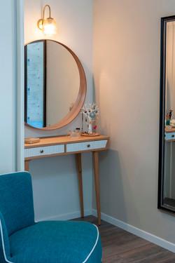 עיצוב חדר לנערה בדירה בנס ציונהה