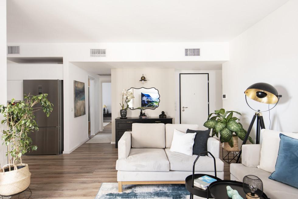 עיצוב כניסה לבית בדירה שכורה