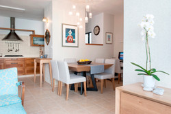 עיצוב  פינת אוכל דירה בנס ציונה