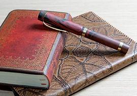 64940252-l-écriture-livre-dans-une-couve