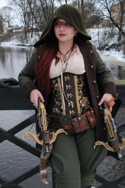 Steampunk Maid Marion at SilwerSteam