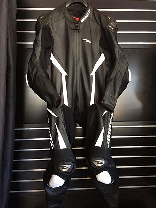 Gimoto Aragon Racer suit 58