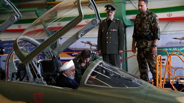 آمریکا: رونمایی از جنگنده کوثر در ایران فریبکاری است؛ این یک جنگنده قدیمی آمریکایی است