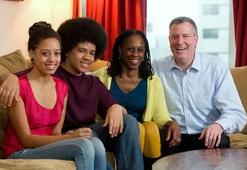 O ódio de Bolsonaro, não é bem-vindo em Nova York, diz Bill de Blasio Prefeito de NY.