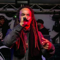 Um salve, vida longa ao Hip-Hop que pede passagem com o Rafa Na Raça!