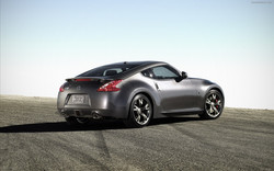 Nissan-370Z-40th-Anniversary-Edition-widescreen-07
