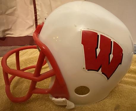 Wisconsin Badgers Football Youth Boys Franklin Helmet