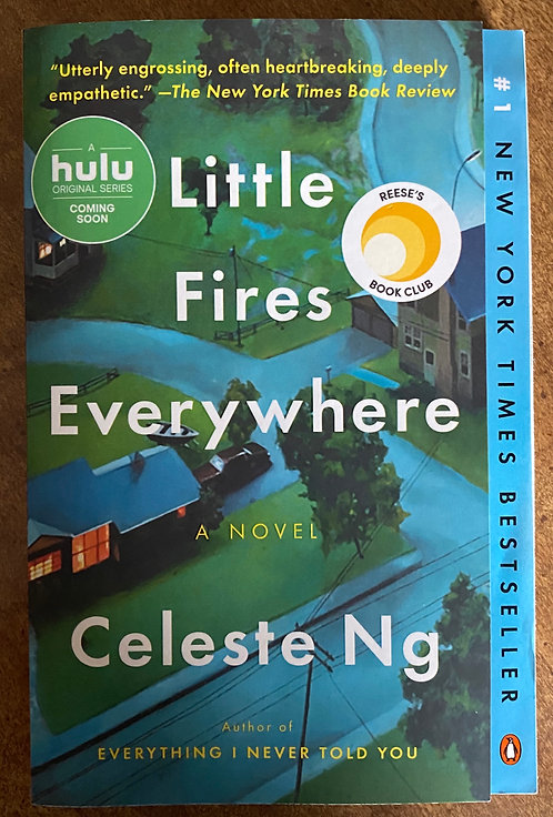 Soft Cover Book: Little Fires Everywhere (Reprint) by Celeste Ng