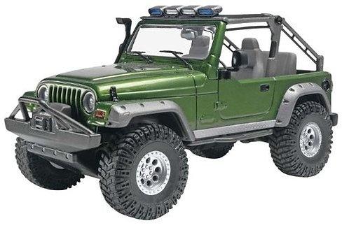 Revell Jeep Wrangler Rubicon Plastic Model 1/25th Scale Kit