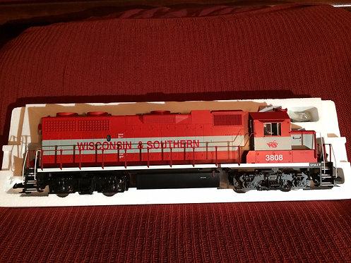USA Trains R22200 'G' Gauge GP38-2 Wisc & Southern