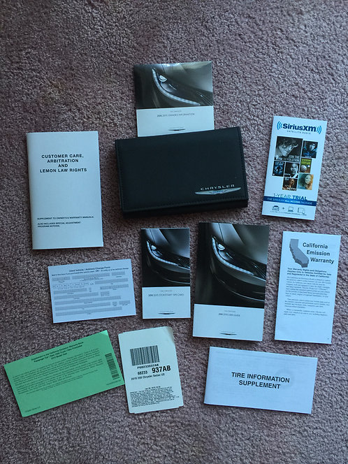 2015 Chrysler 200 Owners Manuals Kit & DVD in Case