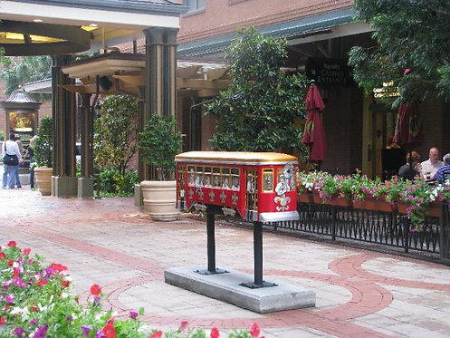Streetcar Named Inspire-Simply Devine, Lori Gomez