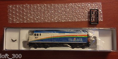 Kato F40PH Locomotive 176-6101 Miami Tri-Rail #807