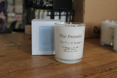 The Present Pink Fizz and Grapefruit Scented Candle (40-50 hour burn time)