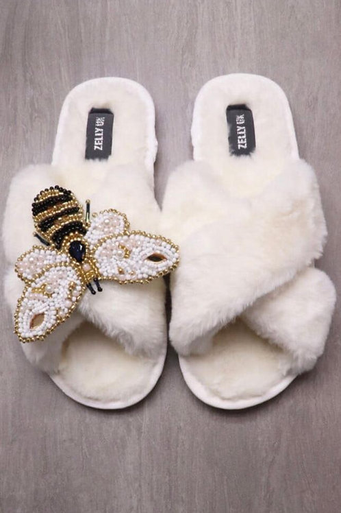 Zelly white fur slipper with removable bee brooch