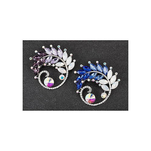 Equilibrium coloured wreath brooch