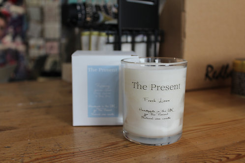 The Present Fresh Linen Scented Candle(40-50 hour burn time)