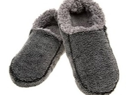 Snoozies Fuzzy Slippers - Black