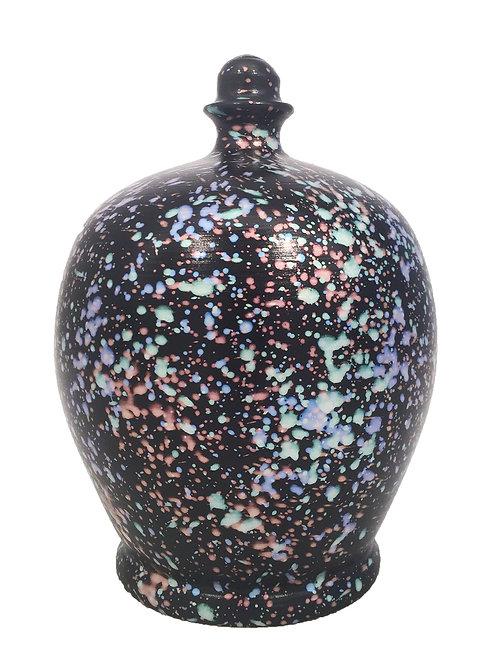 Terramundi black splatter pot