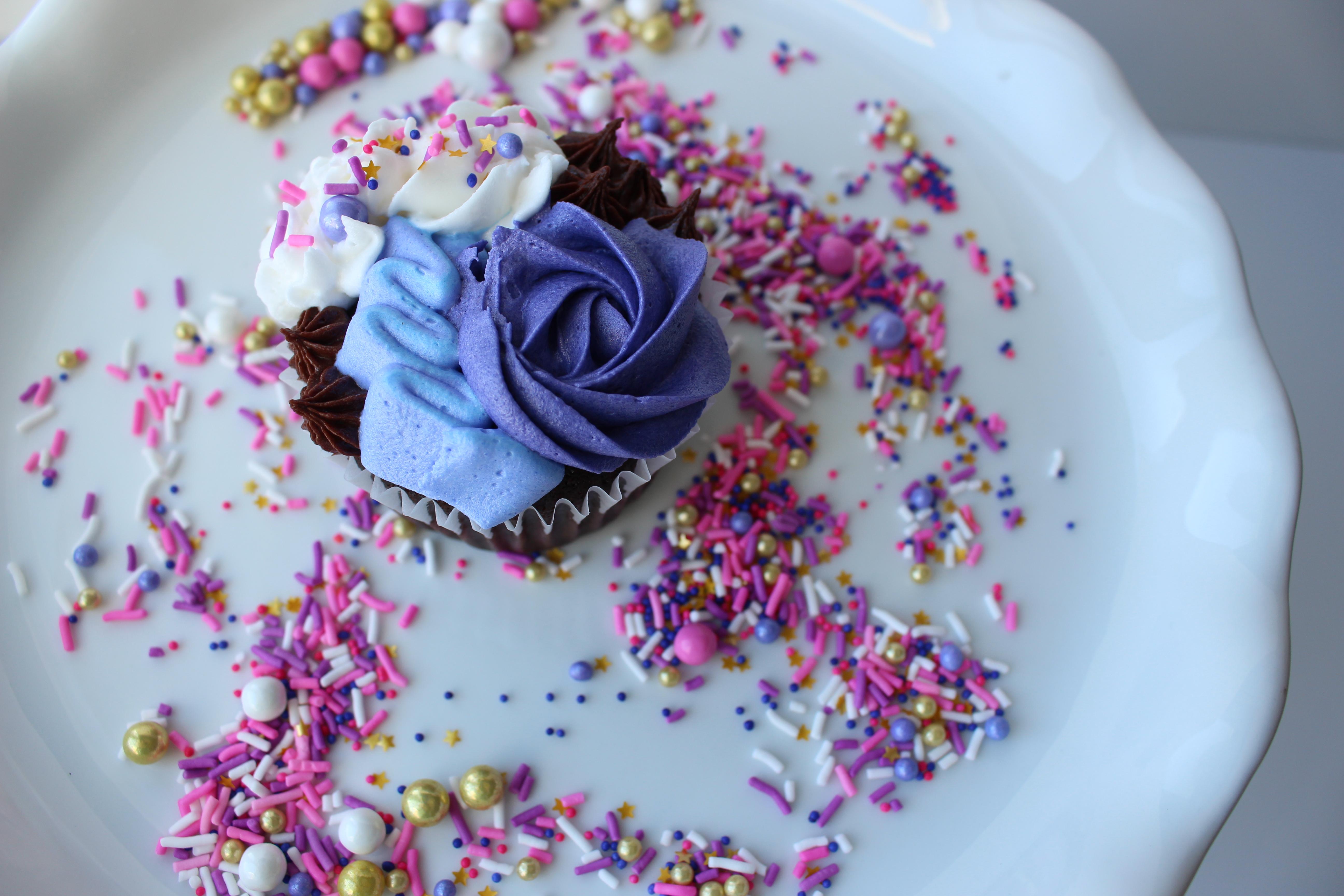 Custom Flower Cupcake