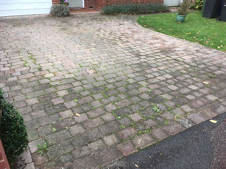 Block paved driveway before cleaning