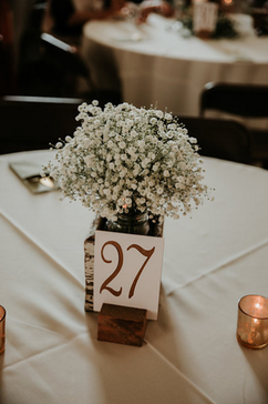 Baby' breath centerpiece