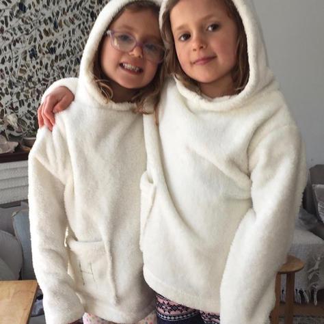 Bedthrow Hoodies Designed by Franca Frederiksen