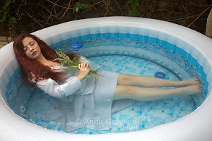 Ophelia in the Hot Tub after Millais, Tate Britain