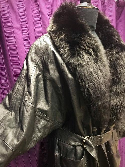 Long vintage authentic long leather coat with black fur collar sz18