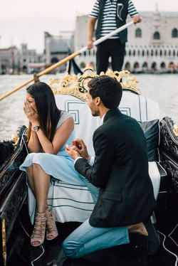 A surprise proposal in Venice