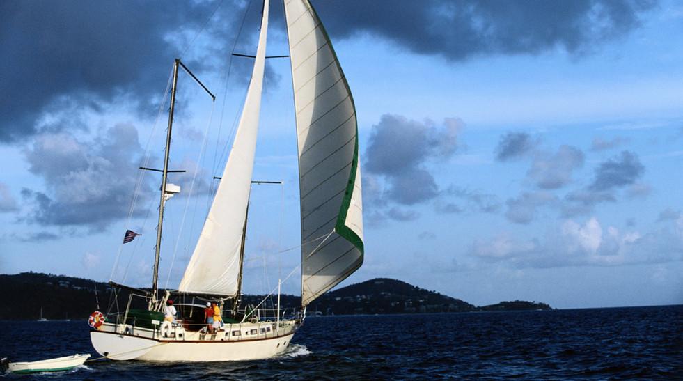 barca a vela selezionata da Crociere Riviera del Conero