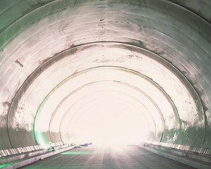Tunnel-17, C-print, 152x190cm, 2015
