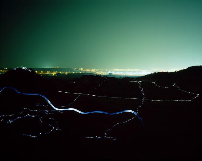 Tracking-2, C-print, 120x150cm, 2012