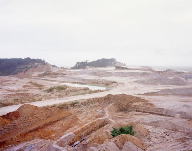 The land-H13, C-print, 120x150cm, 2012