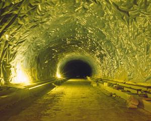 Tunnel-11, C-print, 152x190cm, 2016