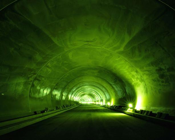 Tunnel-10, C-print, 152x190cm, 2013