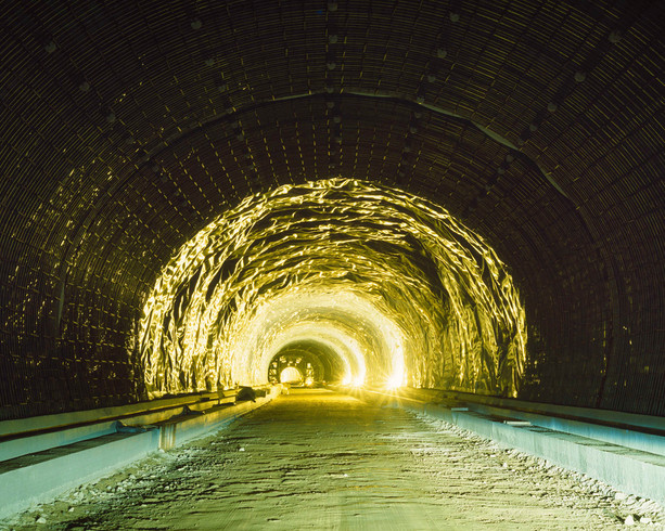 Tunnel-13, C-print, 152x190cm, 2016