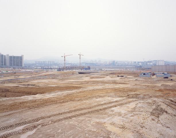 The land-H12, C-print, 120x150cm, 2012