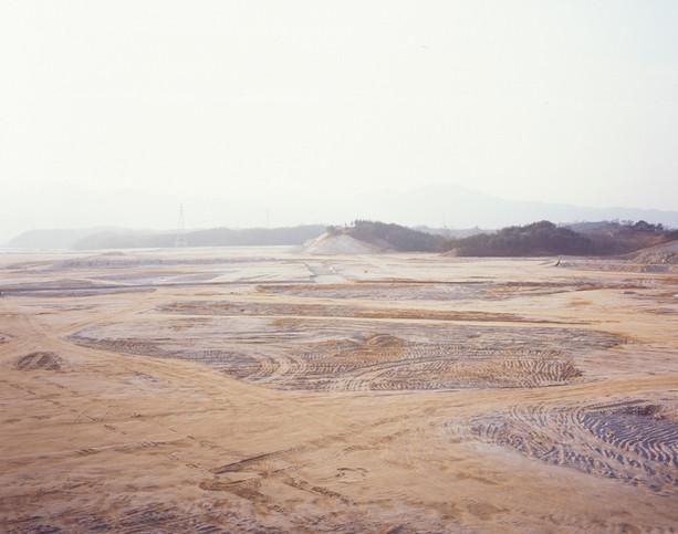 The land-H10, C-print, 120x150cm, 2012