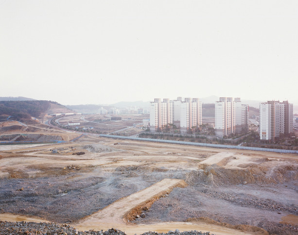 The land-H4, C-print, 120x150cm, 2012