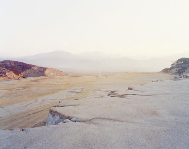 The land-H16, C-print, 120x150cm, 2012