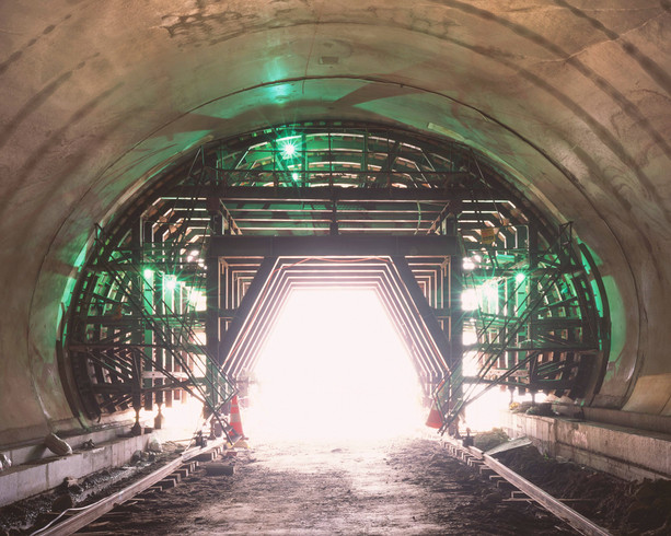 Tunnel-14, C-print, 152x190cm, 2013
