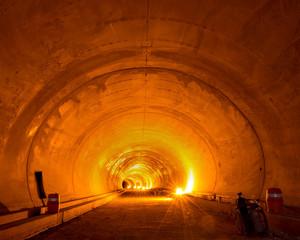 Tunnel-9, C-print, 152x190cm, 2015