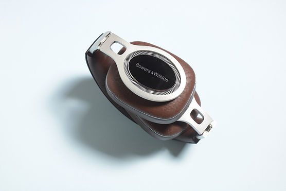 bowers wilkins p9 signature